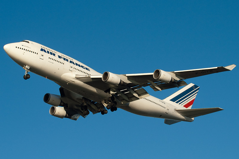 Air France has 747 from CDG for BOS.