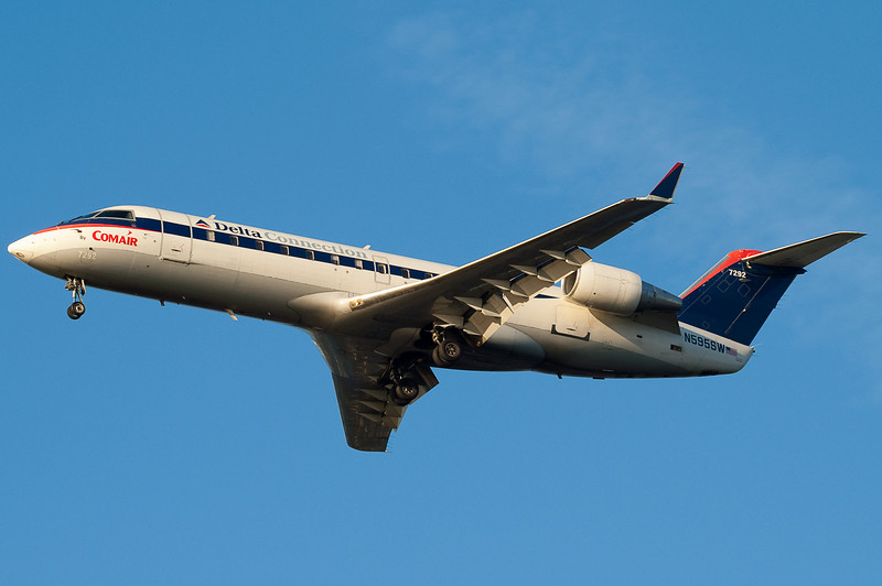An old-scheme Comair CRJ that is now in the desert.