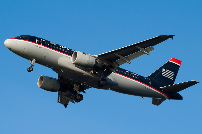Yet another US Airways A319 on final for 27.