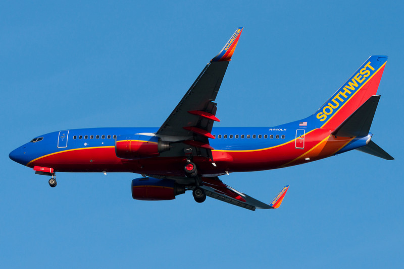 Southwest is quickly becoming a bigger carrier at BOS. Seen on final to runway 04R.