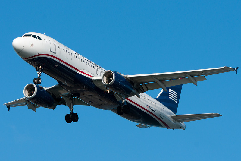 A US Airways A320 on final for runway 27.