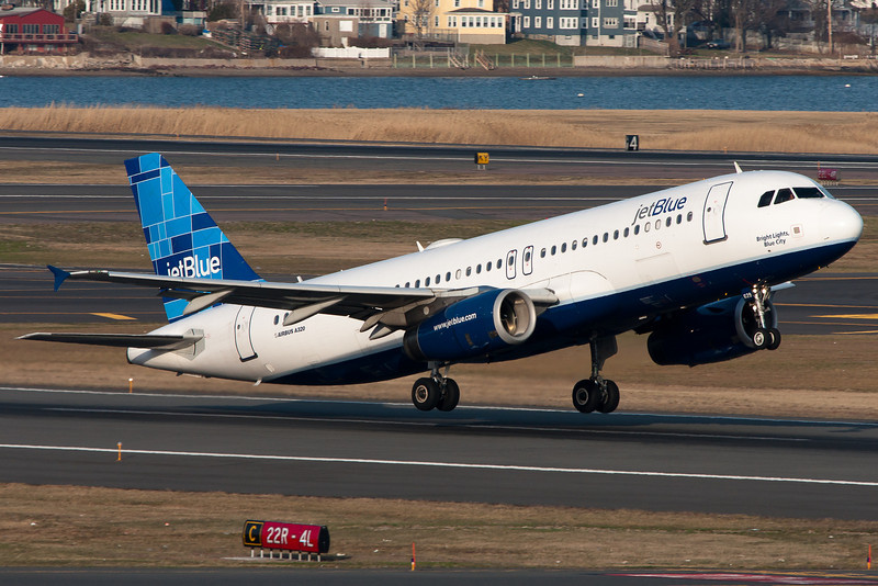 Rotation from runway 22R for this JetBlue A320.