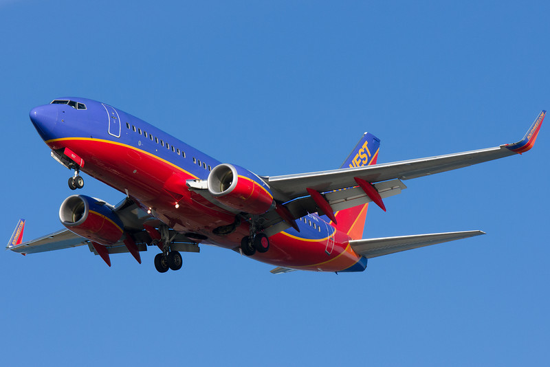 Southwest is the newest carrier at BOS. Seen here on final to runway 27.