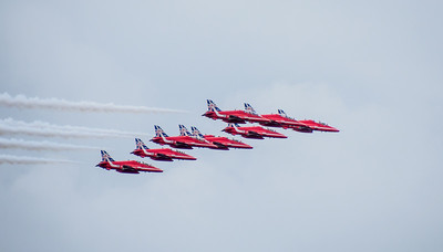 Red Arrows tight formation