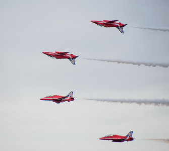 Red Arrows - two inverted