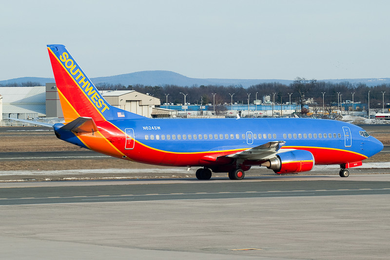 Southwest 737 arrives on a cool and cloudy afternoon.