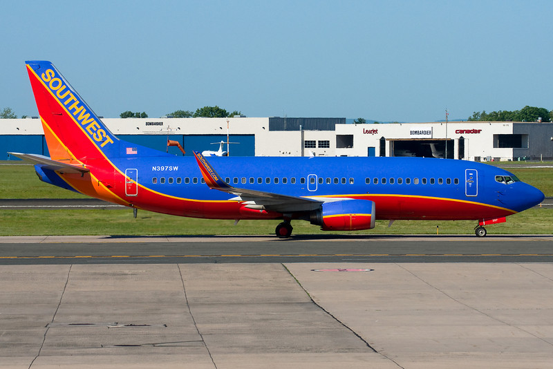 Another Southwest 737 heads to the gates.