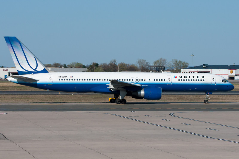 United's 757 from Chicago has just arrived and is heading for Terminal A.