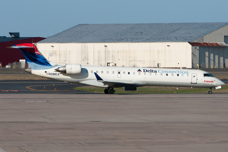 The Delta CRJ-700 is not very common in new paint yet.