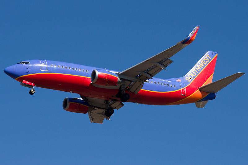 Southwest arrives on runway 33.
