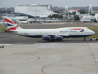 G-BNLS BRITISH AIRWAYS B747-400