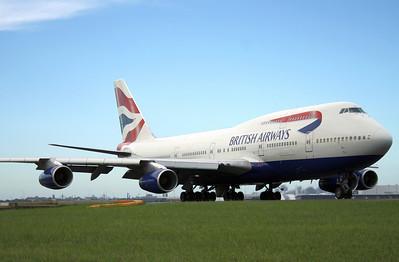 G-BNLJ BRITISH AIRWAYS B747-400