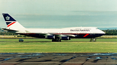 G-BNLB BRITISH AIRWAYS B747-400