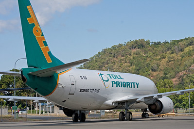 ZK-TLD TOLL PRIORITY CARGO B737-300F