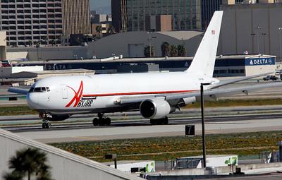 N363CM ABX AIR B767-300  EX QANTAS VH-OG