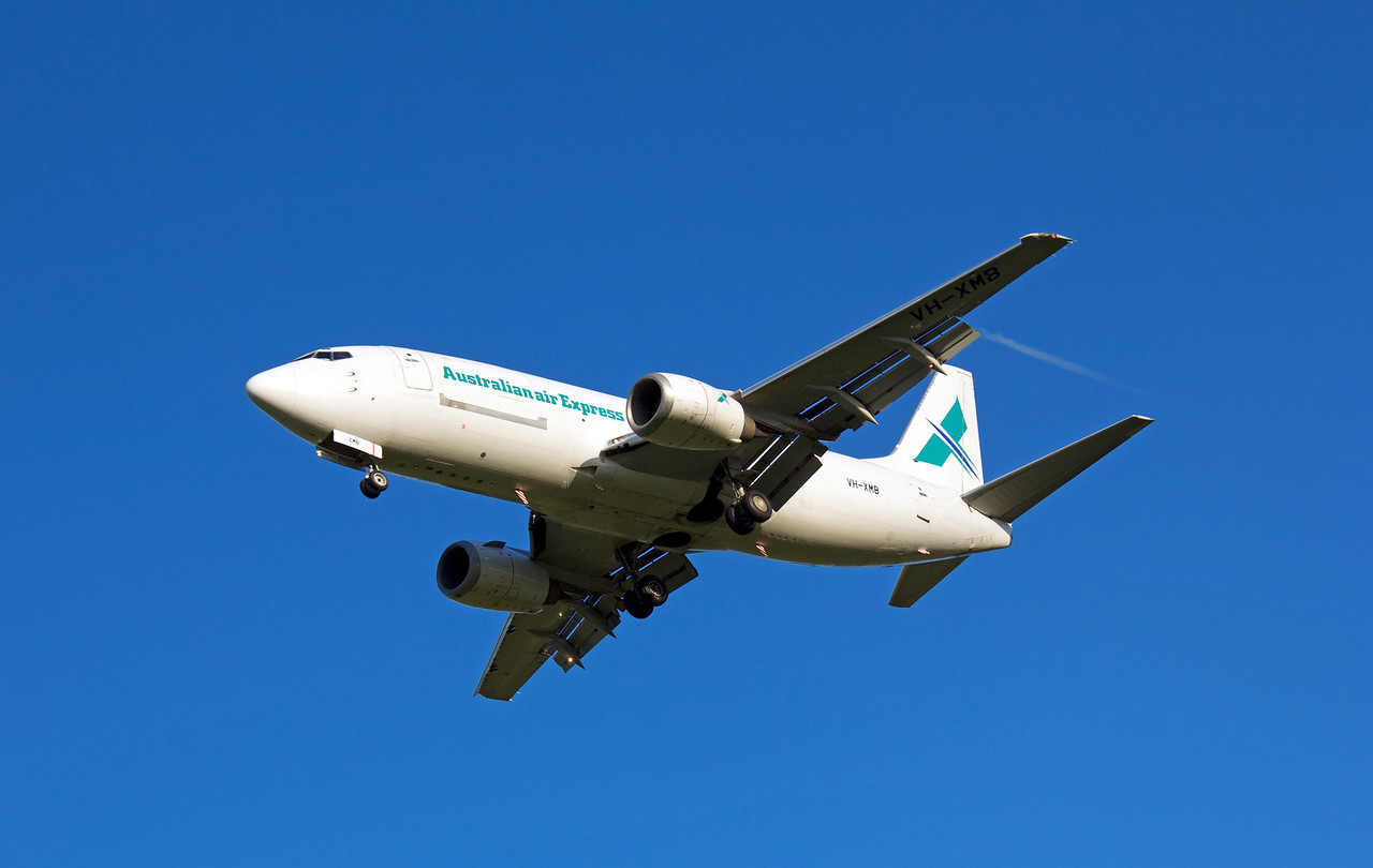 VH-XMB AUSTRALIAN AIR EXPRESS B737-400F