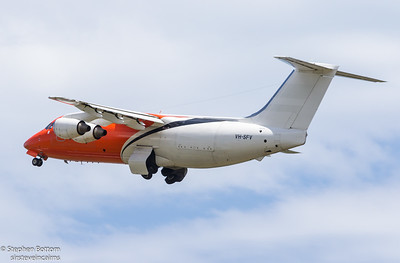 VH-SFV PIONAIR BAe-146-200