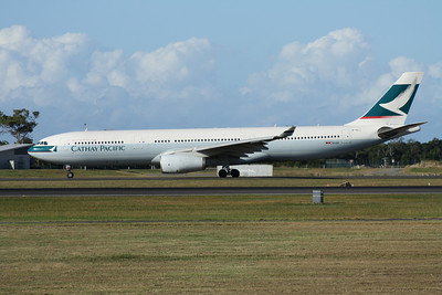 B-HLL CATHAY PACIFIC A330-300