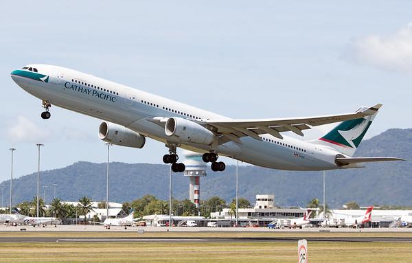 B-LAK CATHAY PACIFIC A330-300