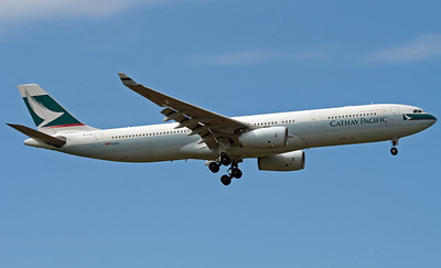 B-LAE CATHAY PACIFIC A330-200