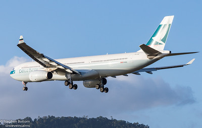 VH-LAD CATHAY PACIFIC A330-300