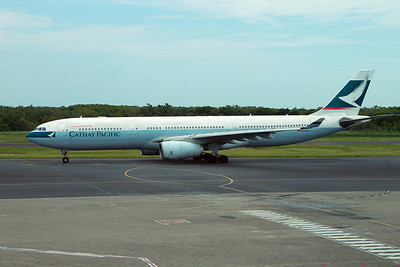 B-HLS CATHAY PACIFIC A330-300