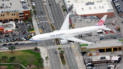 B-18001 CHINA AIRLINES B777-300
