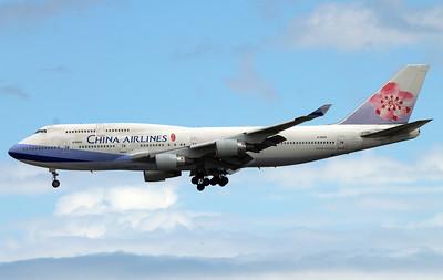 B-18203 CHINA AIRLINES B747-400