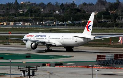B-2001 CHINA EASTERN B777-300