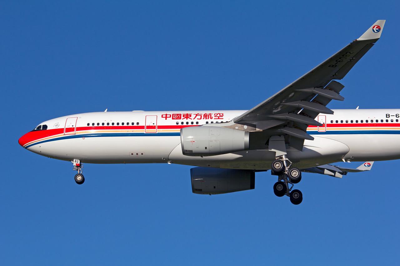 B-6082 CHINA EASTERN A330-200