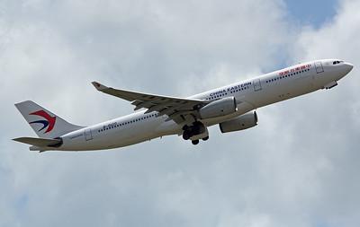B-5120 CHINA EASTERN A330-300
