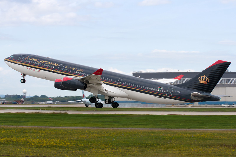 Royal Jordanian A340 lifts up from 24L at Montreal.