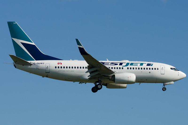 Westjet 737 on final for 24R.