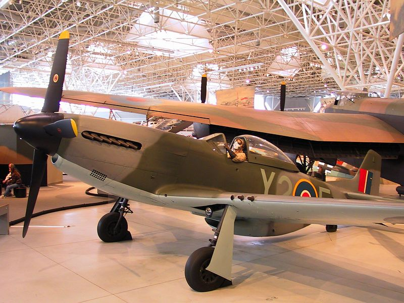 North American Mustang IV ---- British version of the P51D ---- 1574_CRW_01