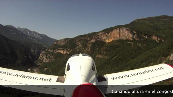 Vuelo en el valle Castejon,Congosto,Peña Montañesa