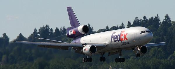 FexEx Express McDonnell Douglas MD-10-30F N315FE (cn 48313/443)