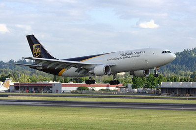 N174UP (cn 869)  Airbus A300 F4-622R  United Parcel Service