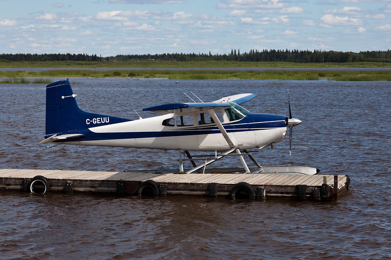 Cessna A185F Skywagon C-GEUU at Two Bay docks in Moosonee.