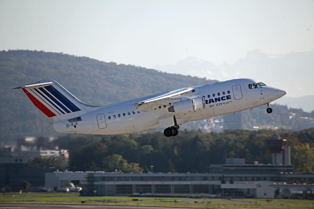 EI-RJX BAe 146 RJ85 (Zurich) Cityjet:Air France