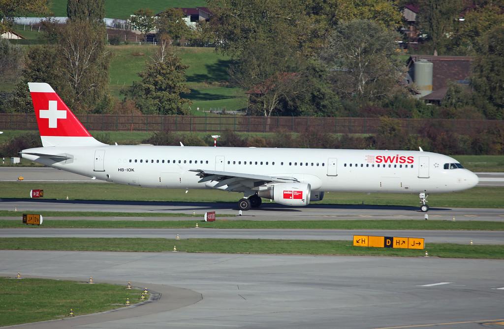 HB-IOK Airbus A321-111 (Zurich) Swiss International Air Lines