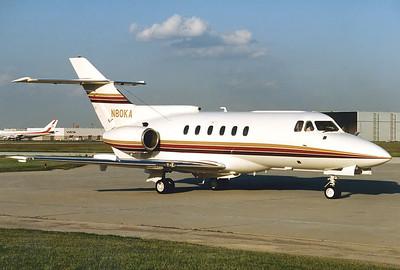 British Aerospace HS-125-700B Toronto - Lester B. Pearson International (Malton) (YYZ / CYYZ) Canada - Ontario, June 1989 Reg: N80KA Cn: 257001 Clearing customs at Toronto.