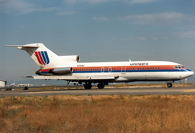 United Airlines REG: N7018U Boeing 727-22 MSN: 18310 San Francisco - International (SFO / KSFO) California, USA - October 1991