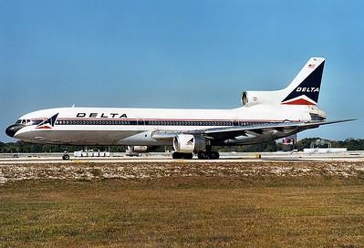 Lockheed L-1011-385-1-15 TriStar 250 Delta Air Lines REG: N741DA  Fort Lauderdale - Hollywood Intl.  (FLL / KFLL) Florida, USA January 1999