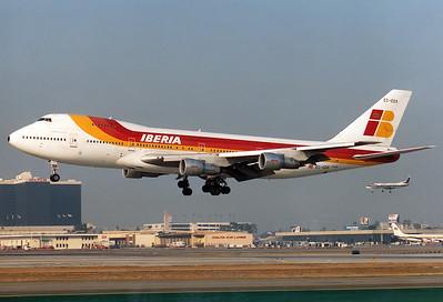 Boeing 747-256BM Iberia REG: EC-EEK  Los Angeles - Intl. (LAX / KLAX) California, USA October 1991