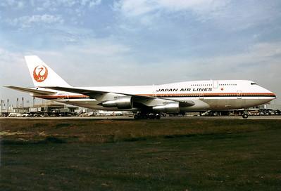 Japan Air Lines - JAL Boeing 747-346  Paris - Charles de Gaulle (Roissy) (CDG / LFPG) France, August 1987 Reg: JA8177  Cn: 23638/658 Classic JAL livery.
