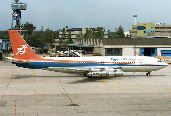 Cyprus Airways REG: 5B-DAP Boeing 707-123(B) MSN: 17635 Frankfurt am Main (Rhein-Main AB) (FRA / EDDF) Germany - May 8, 1981