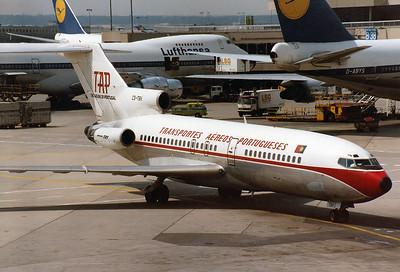 TAP - Transportes Aereos Portugueses Boeing 727-155C Reg.: CS-TBV MSN: 19618 Line No.: 461  Frankfurt am Main (Rhein-Main AB) (FRA / EDDF) Germany - August 2, 1981