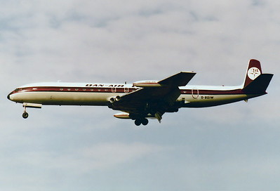 Dan-Air London De Havilland DH-106 Comet 4C Reg.: G-BDIW MSN: 06470  Munich - Riem (MUC / EDDM) Germany - March 4, 1979   The classic line of a Comet was always a welcome sight, a ski charter flight is on short final for RWY 25 at the end of the winter season.