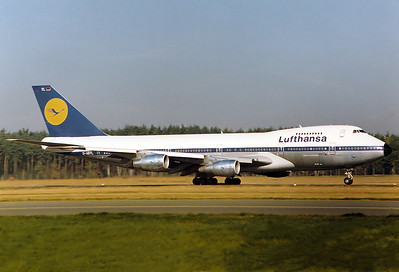 Lufthansa REG: D-ABYL Boeing 747-230BM MSN: 21380 Nuremberg (NUE / EDDN) Germany - October 20, 1979   Diversion FRA due to fog.