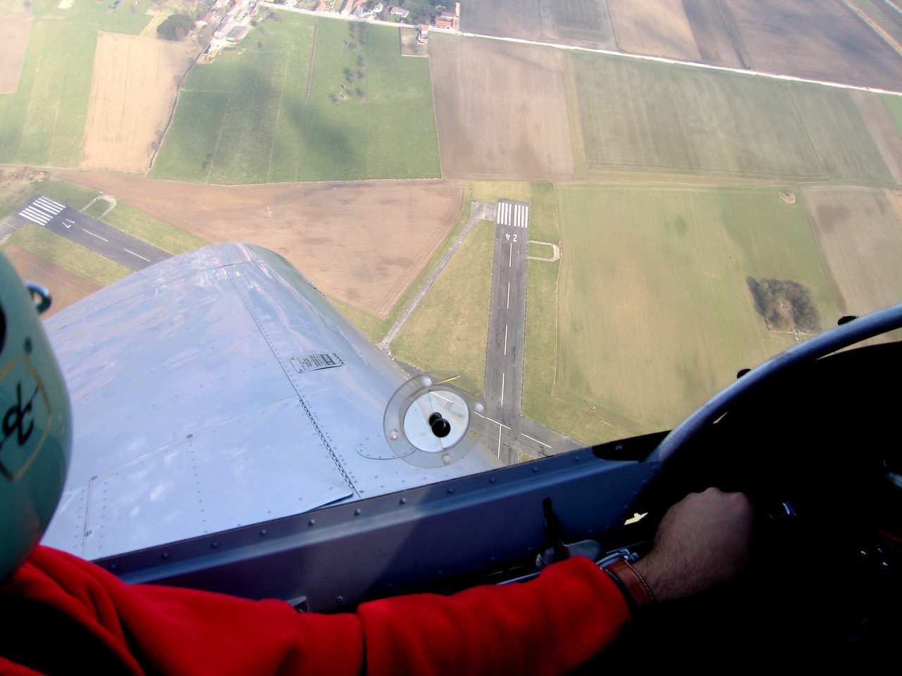 Overhead the airfield. Right hand circuit is next.